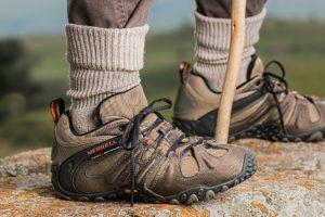 shoes-587648_1920